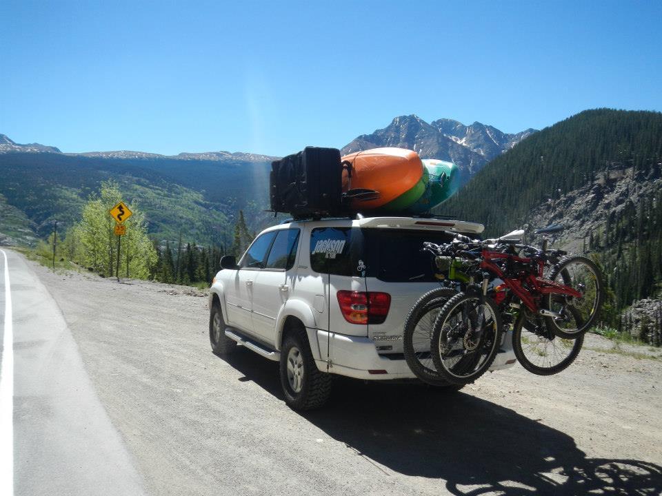 toyt_sequoia_loaded_kayaks_bikes