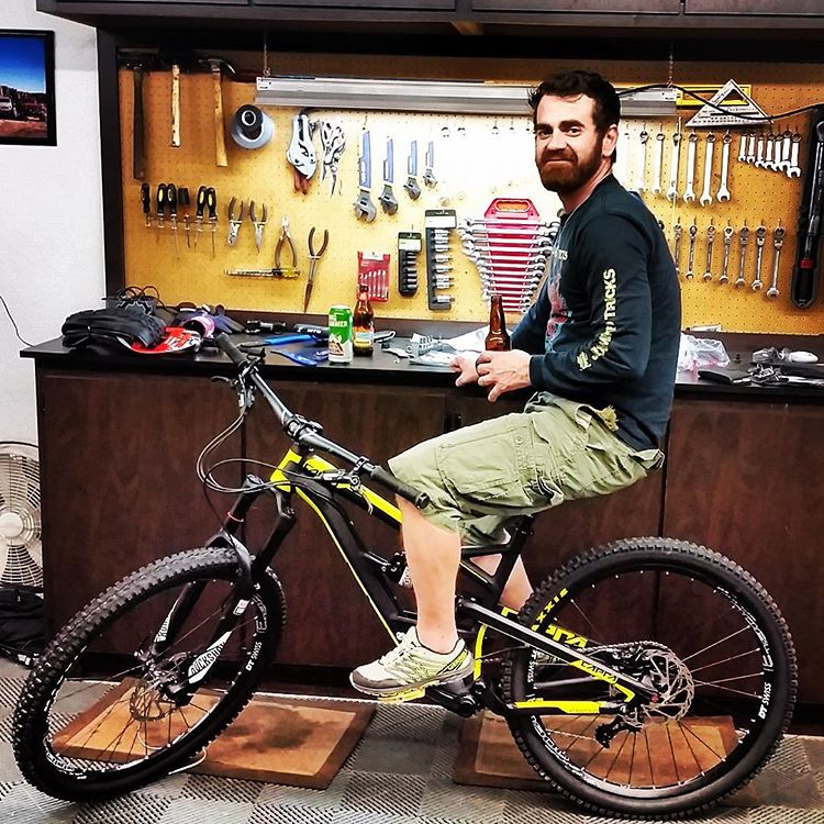 people_dominic_green_bike_garage_072016