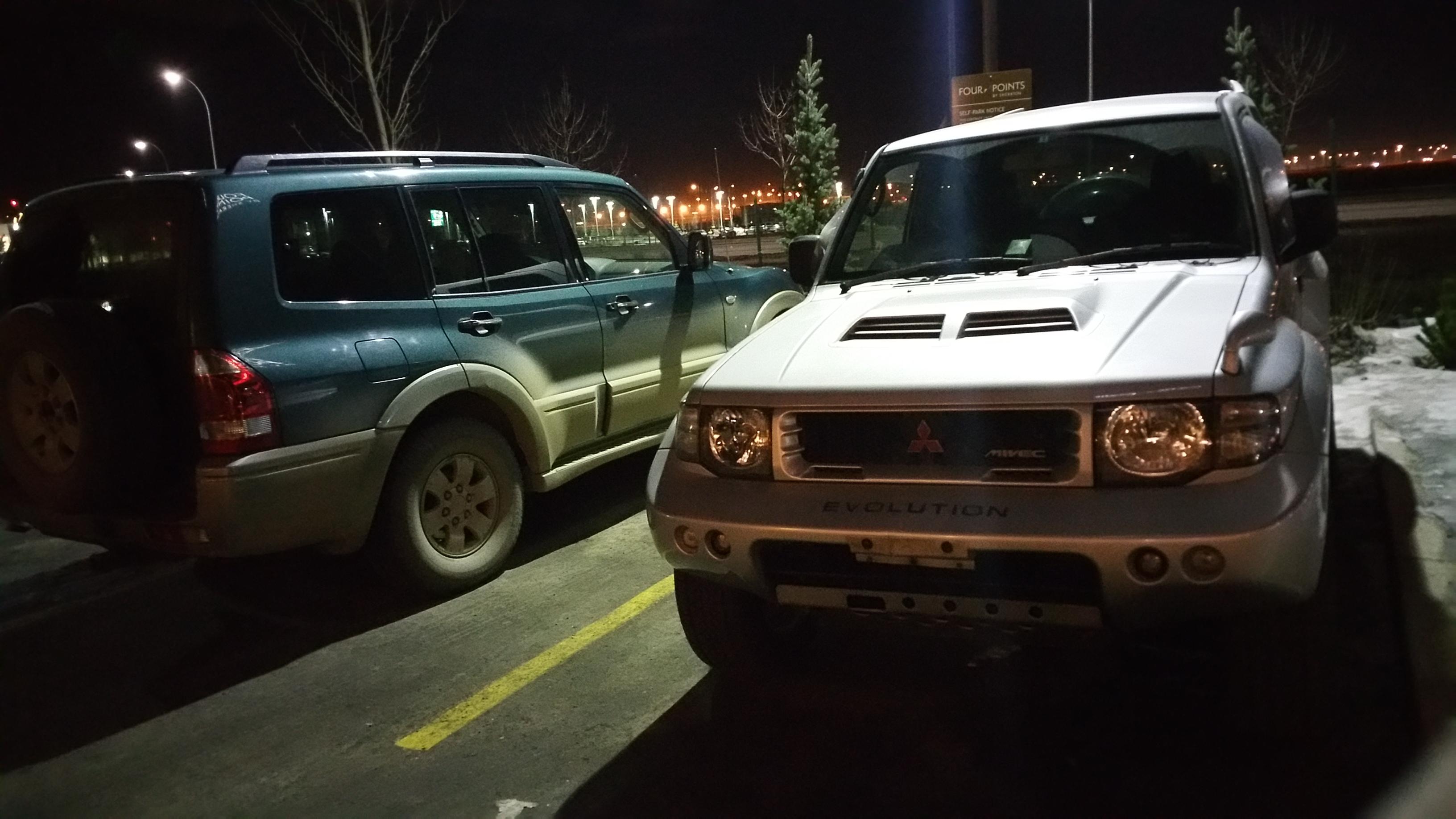 mits_pajero_evo_gen3_parked