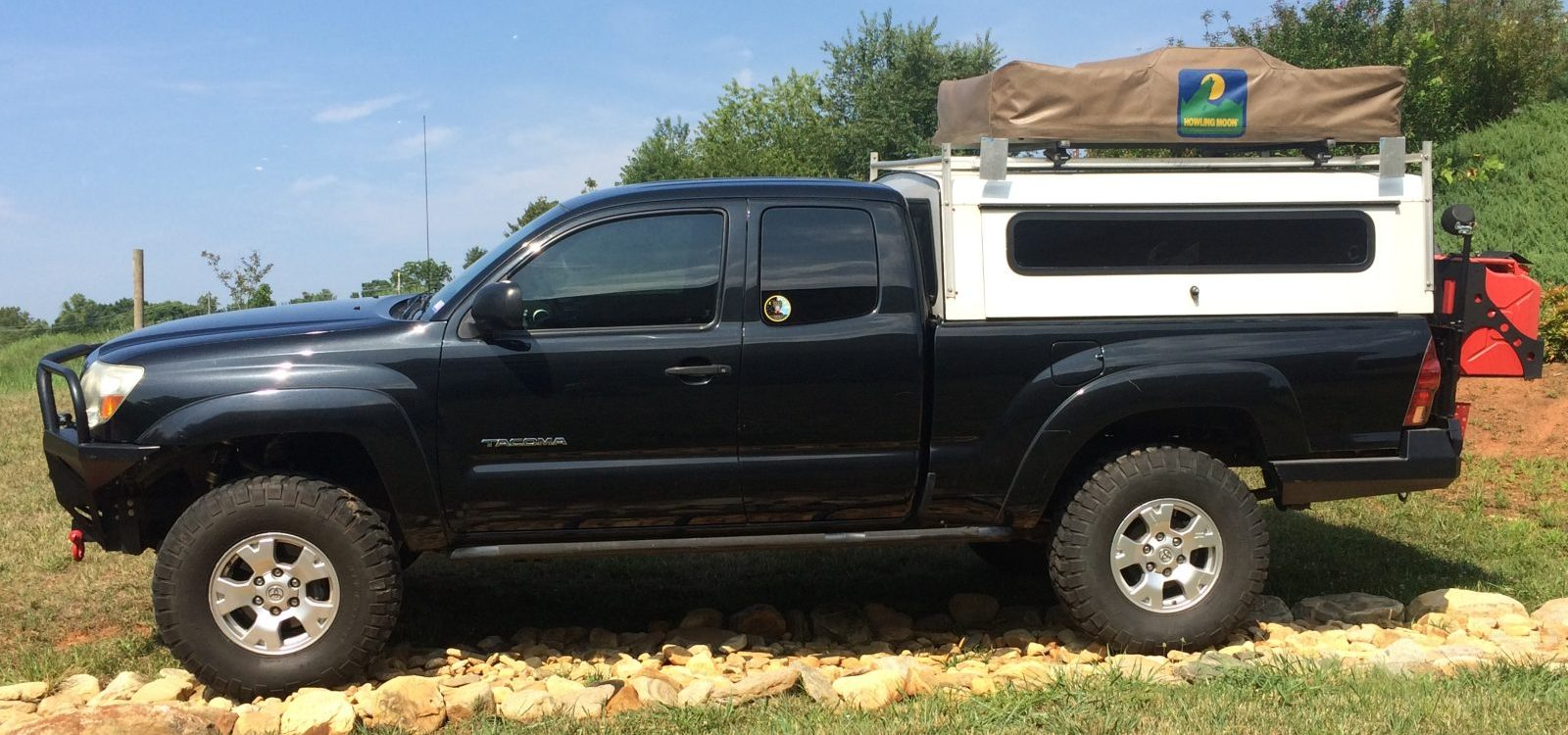 Ryan Bartholomew's used Toyota Tacoma, side view