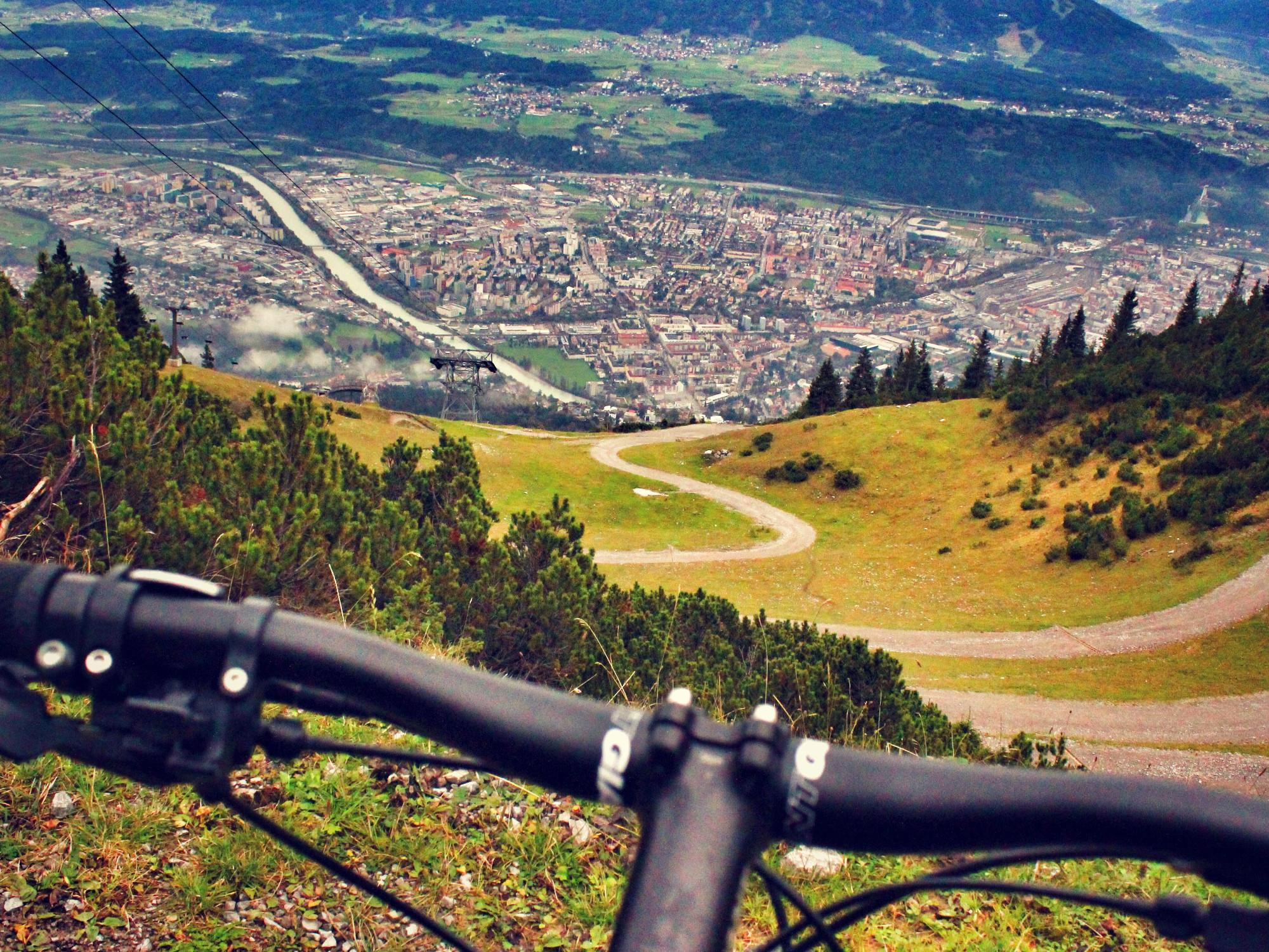 bike_2000_pixabay_cc0_071116